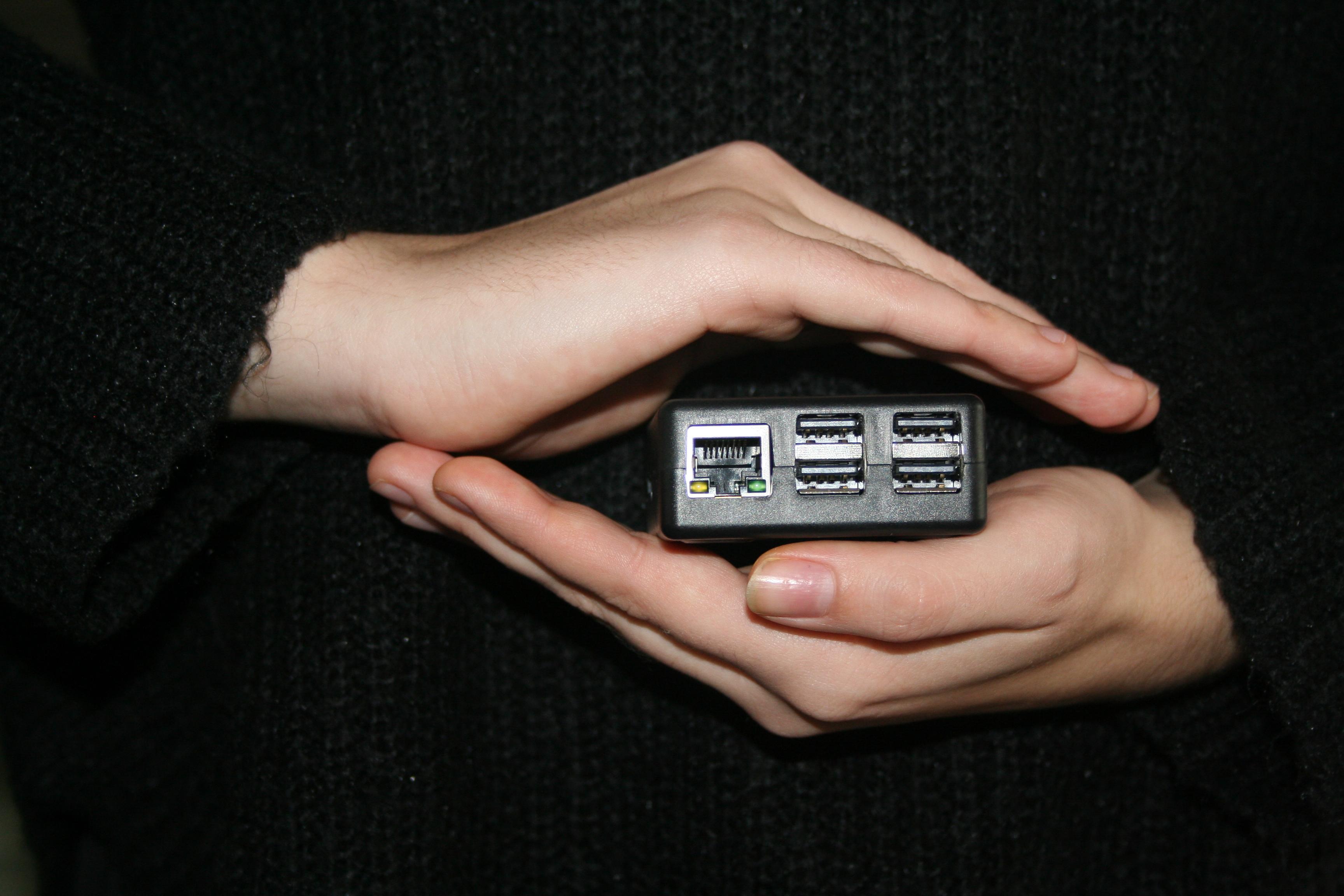 Hand Beschermt PC
